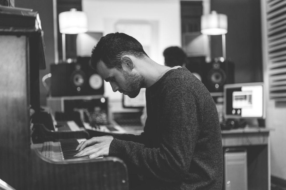 Jordan Rakei Piano