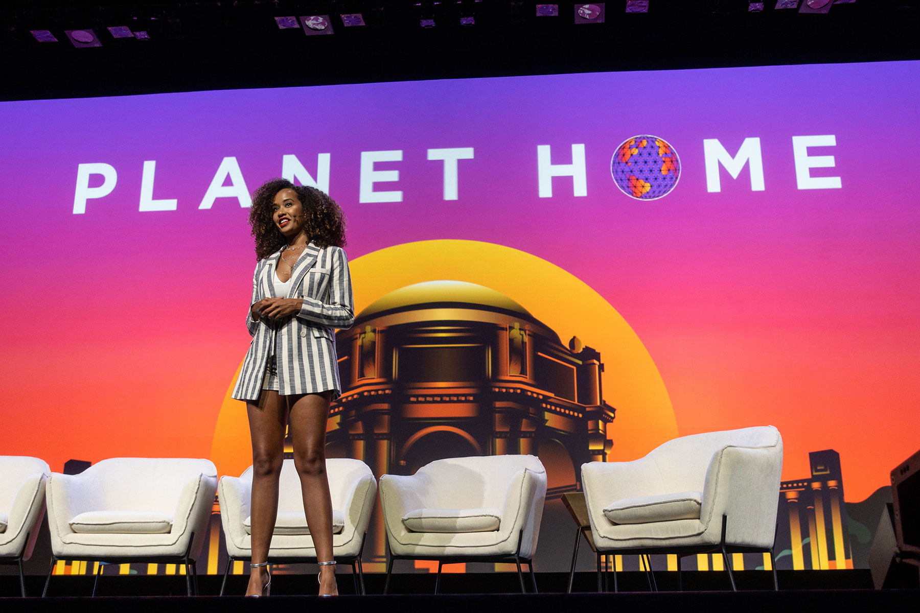 Danni Washington at Planet Home
